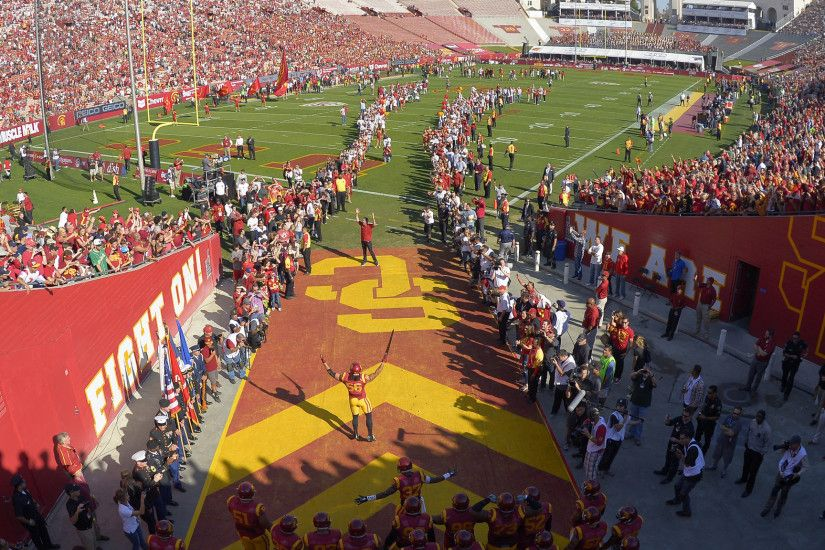 USC extends radio deal with ESPNLA for football, basketball broadcasts - LA  Times