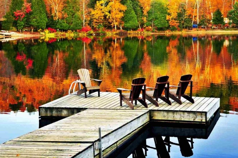 A pier on a lake in Autumn