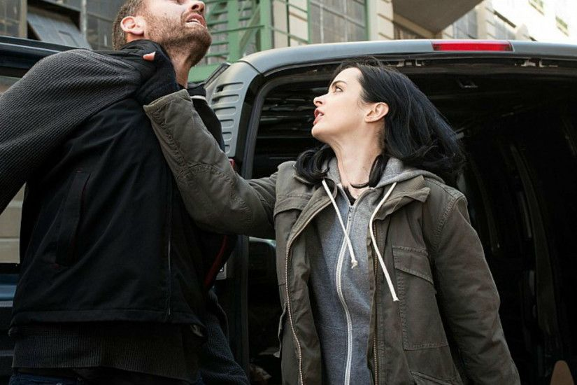 Jessica Jones: New photos for Marvel's Netflix series show David Tennant  looking seriously purple | The Independent