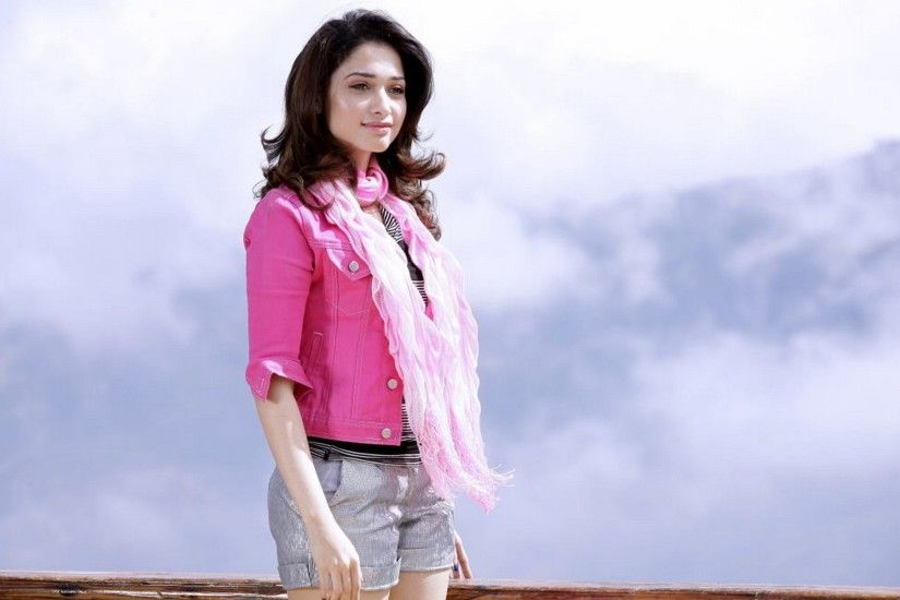 Top 10 Tamanna Bhatia Wallpapers Full Hd Images And