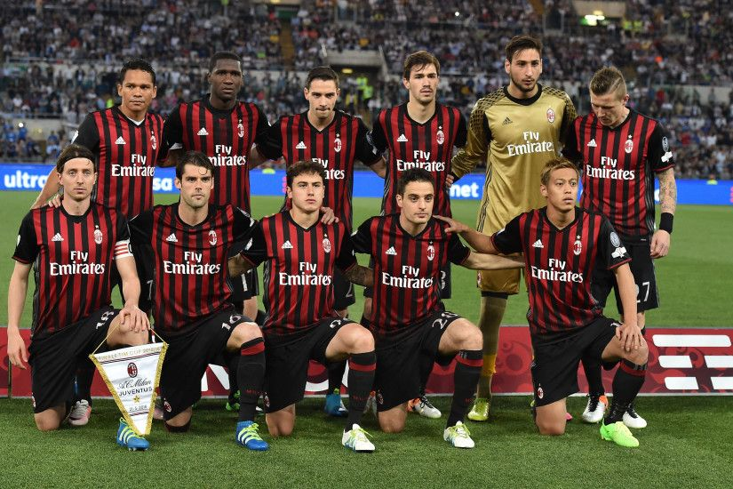 ROME, ITALY - MAY 21: Team of AC Milan prior the TIM Cup match