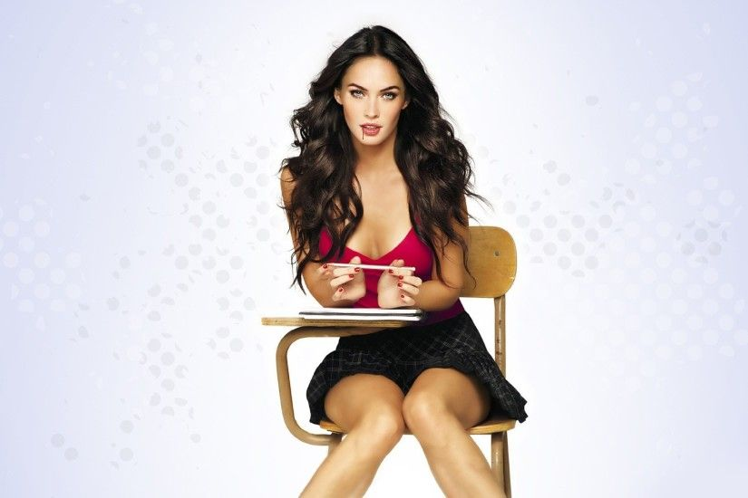 megan-fox-body-wallpaper-2