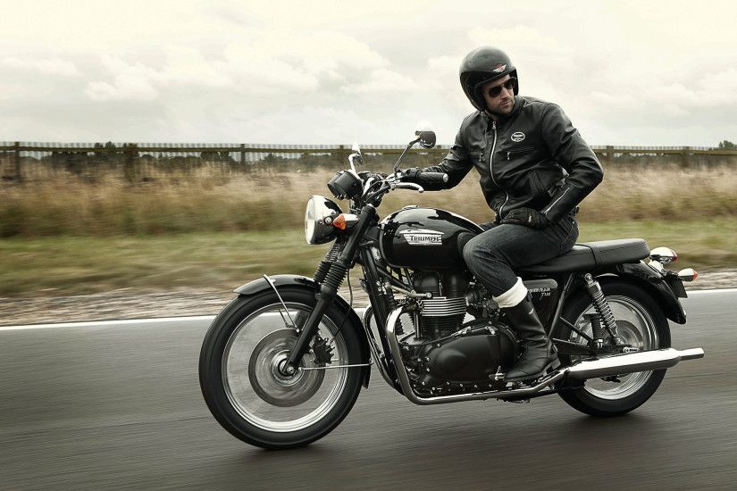 Man On Triumph Bonneville Wallpapers