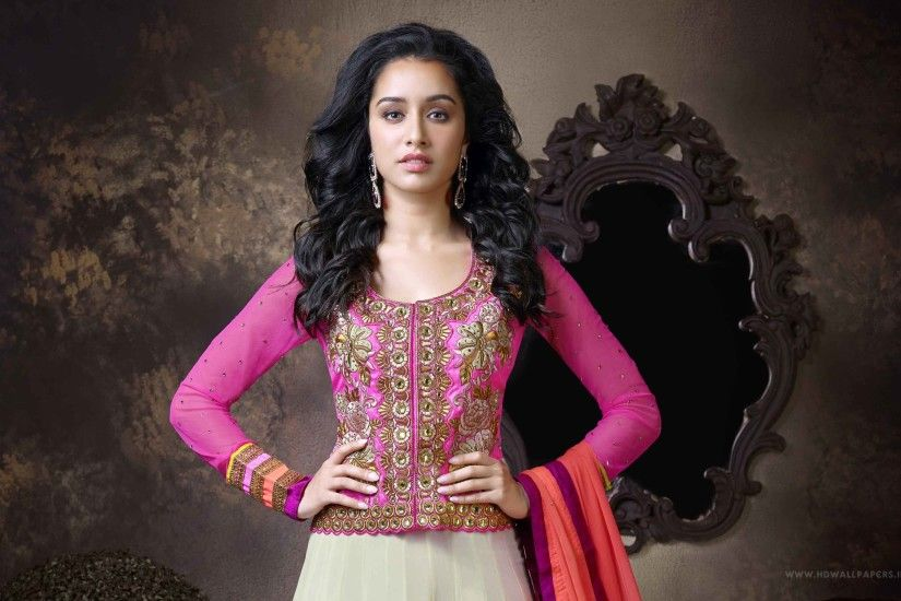 Shraddha Kapoor Bollywood Actress in lehenga choli