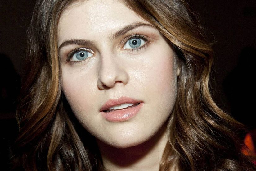 alexandra daddario face wallpaper 50024