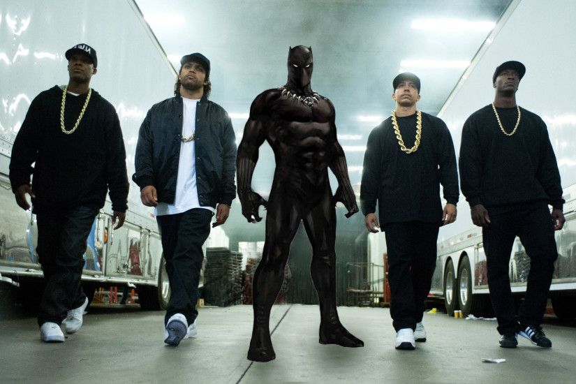 Straight Outta Compton director to helm Marvels Black Panther .