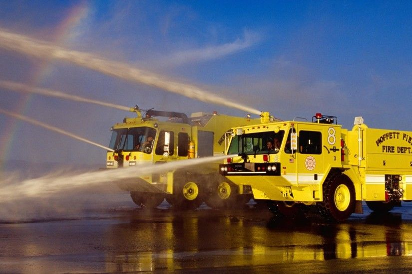wallpaper.wiki-Yellow-Fire-Truck-Wallpaper-HD-PIC-