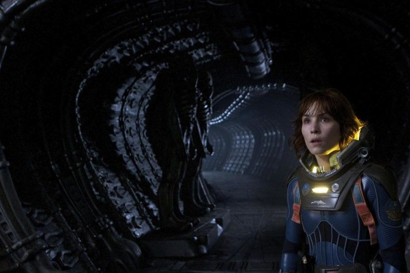 Movie - Prometheus Noomi Rapace Elizabeth Shaw Wallpaper