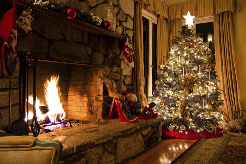 Christmas Tree And Fireplace .