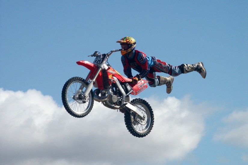 Freestyle dirtbike motocross moto bike extreme motorbike dirt wallpaper |  2560x1920 | 310551 | WallpaperUP
