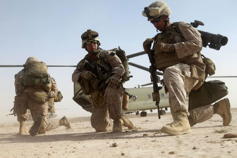 US Marines in Desert