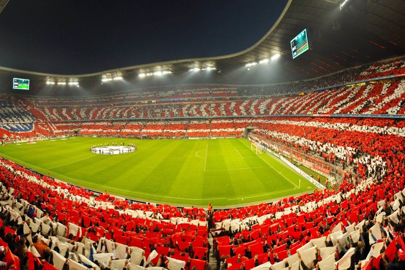 UEFA Champions League - Bayern Munich fans inside the Allianz Arena Stadium  3840x2160 wallpaper