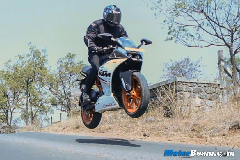 KTM Duke & RC 200/390 To Get Cornering ABS | MotorBeam - Indian Car Bike  News Review Price