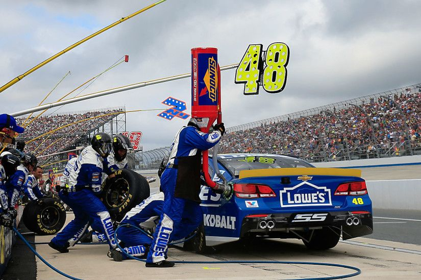 Jimmie Johnson's shot at Dover win falters with latest pit-road penalty |  NASCAR | Sporting News