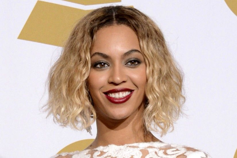 3840x2160 Wallpaper beyonce, singer, celebrity, blonde, smile