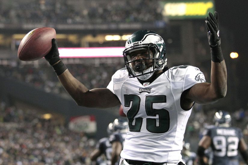 View full sizeAssociated Press PhotoLeSean McCoy and the Philadelphia Eagles  ...