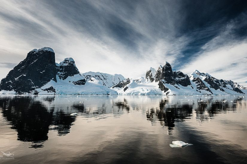 Beautiful Antarctica Large Screen Wallpaper