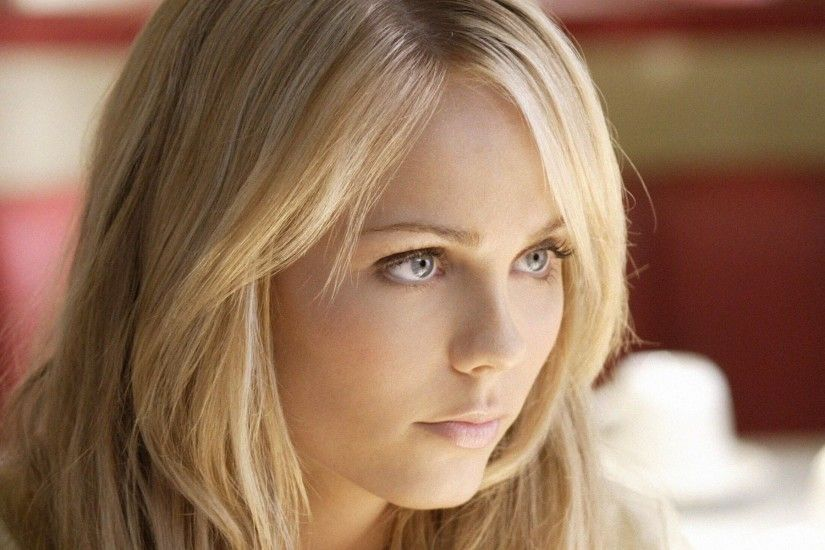 Laura Vandervoort new wallpapers