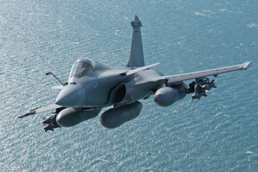 "The ""omnirole"" fighter jet Rafale can ""easily"" meet all the requirements of"