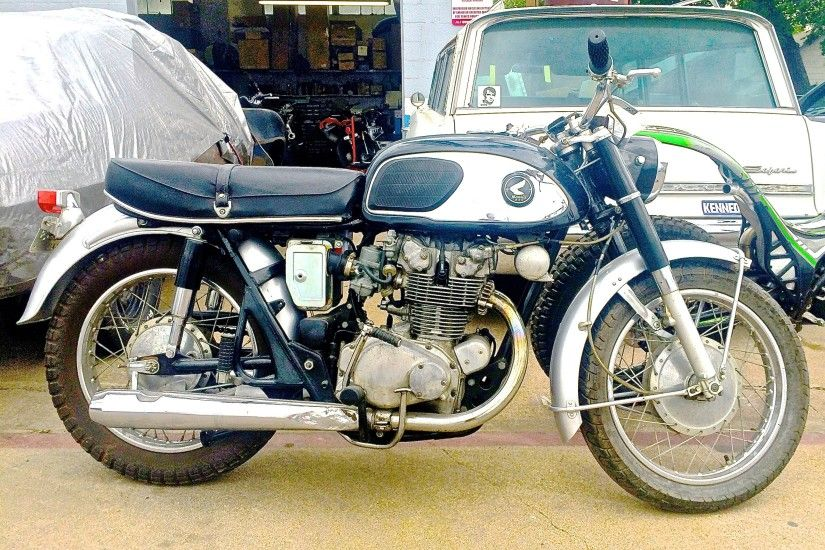 ... Honda Motorcycles Austin Awesome Vintage Honda Cb450 at Davis Rod and  Custom In S Austin · Harley Davidson ...