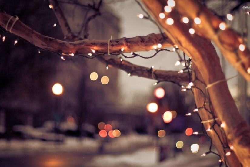 White Christmas Tree Lights Wallpaper (05)