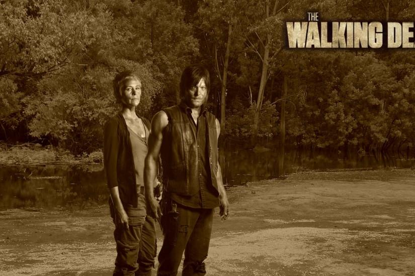 Carol and Daryl in the swamp