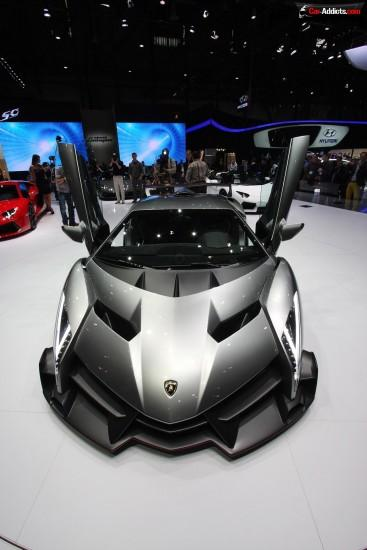 Lamborghini-Veneno-wallpaper-price-mpg-06