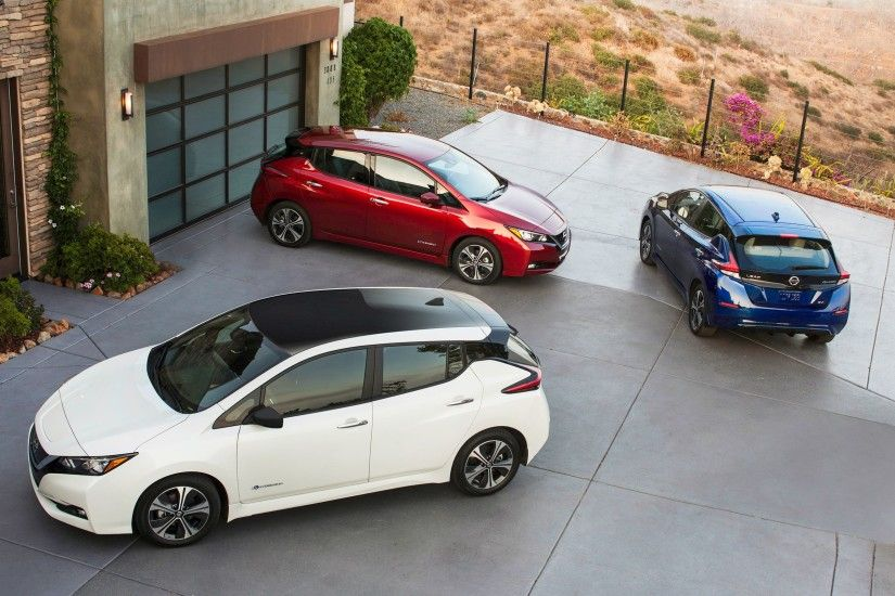 2018 Nissan LEAF Wallpaper Galore: Own It In January, On Your Desktop Now