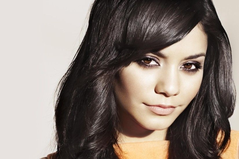 Celebrity - Vanessa Hudgens Wallpaper
