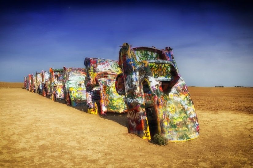 Vehicles - Wreck Car Vehicle Graffiti Artistic Colors Colorful Ground Dirt  Weird Unusual Texas Desert Wallpaper