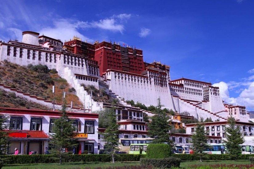 Ancient - Wondrous Potala Palace Lhasa Tibet China Travel Hill Visitors  Town Wide Resolution for HD