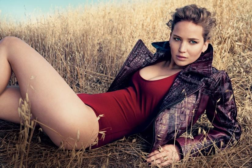 Jennifer Lawrence Vogue · Jennifer Lawrence Vogue Wallpaper