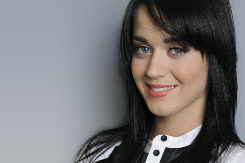 Katy Perry Widescreen Photos