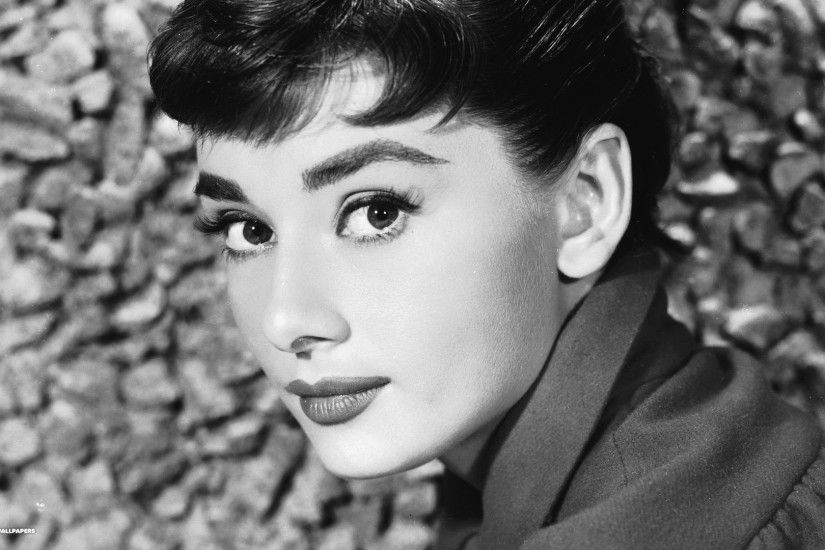 audrey hepburn actress pretty face shot 1080p