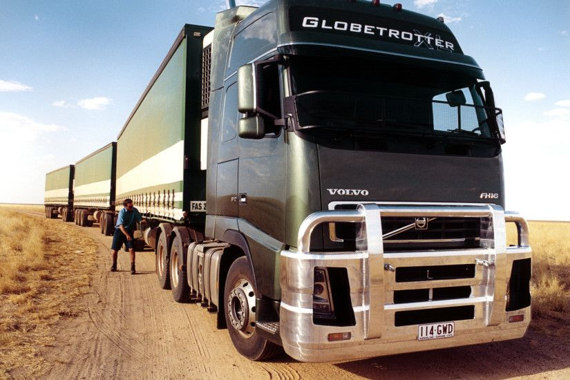 Volvo FH16 610 6×4 tractor Globetrotter XL cab AU-spec '2003–
