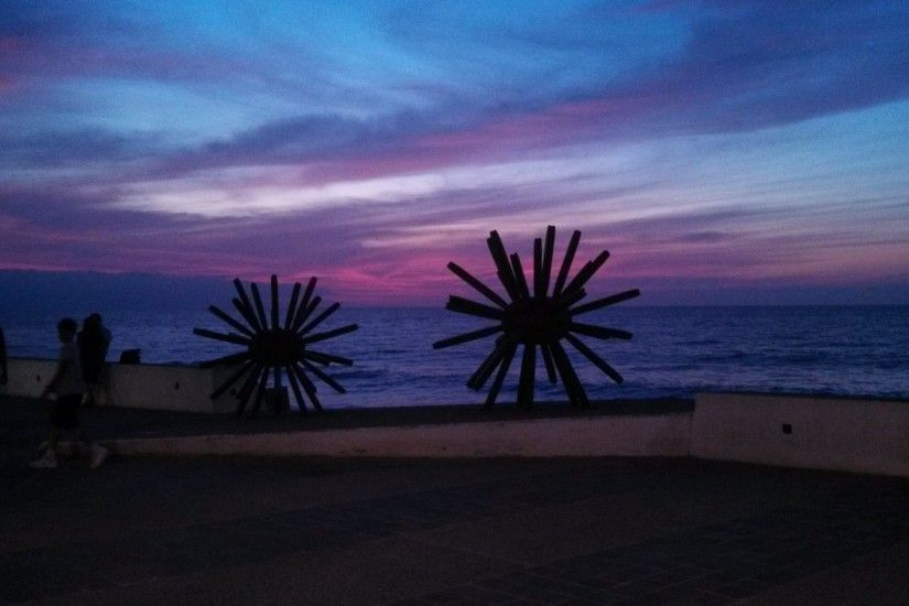 Puerto Tag - Malecon Statues Sunset Sculpture Puerto Vallarta December Sky  Banderas Bay Suset Wallpaper Background