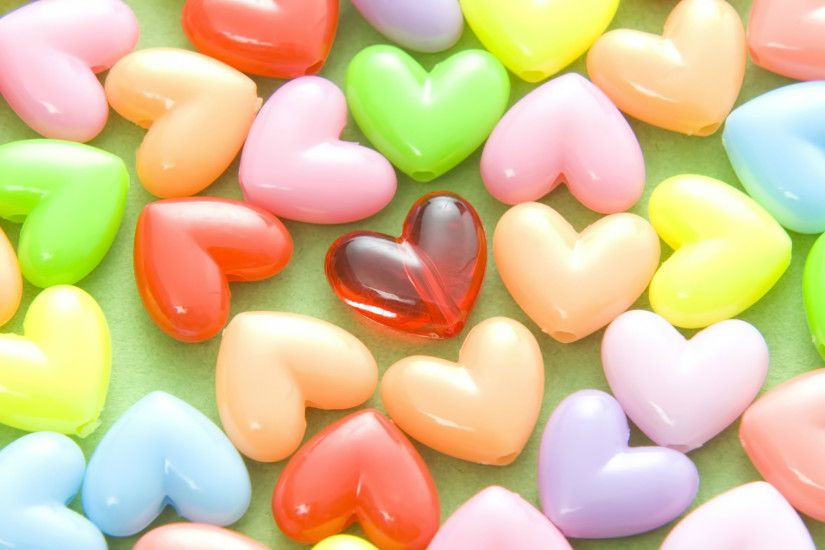 Beautiful-color-image-love-hearts-wide