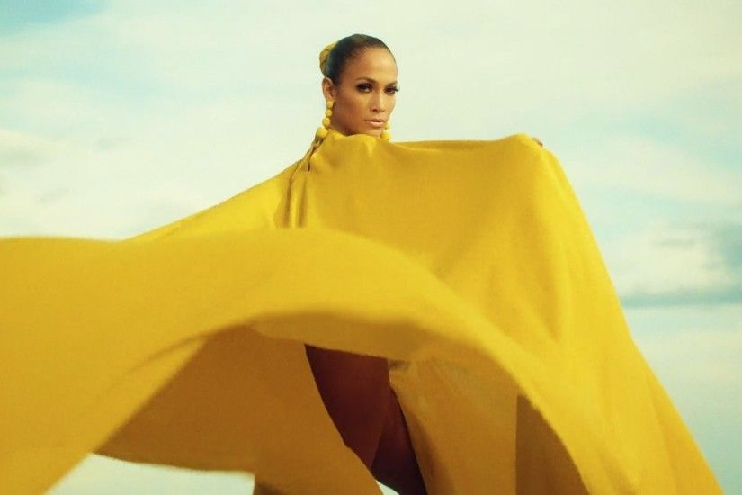 Jennifer Lopez Releases Tropical New Music Video for 'Ni Tú Ni Yo' | Allure