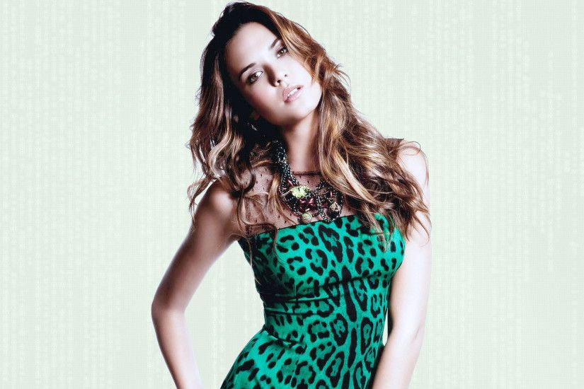 Odette Annable HD Wallpapers (10)