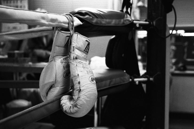 Boxing Gloves Black And White Wallpaper