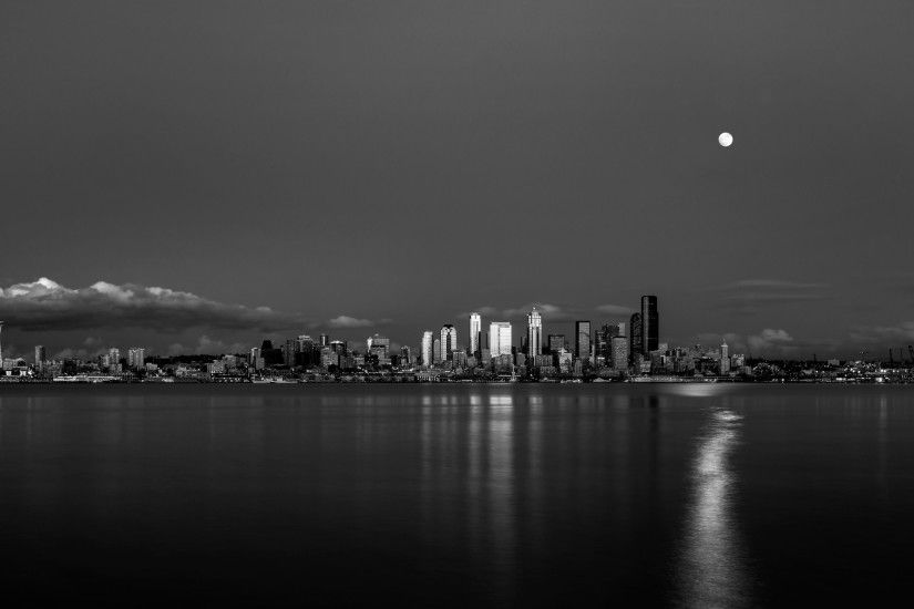 2560 x Seattle skyline.