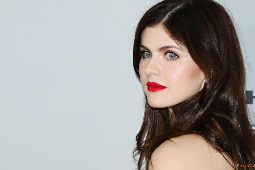 <b>Alexandra Daddario Wallpapers</b>, Amazing 44 <b>