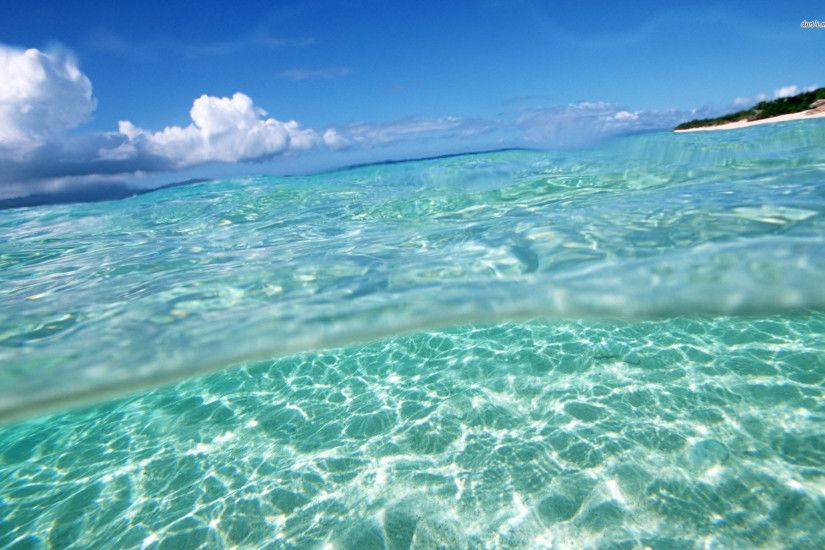 Clear Ocean Water · Gorgeous Clear Water Wallpaper