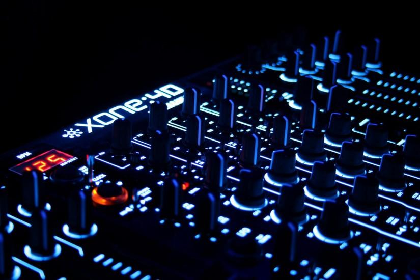 Other music wallpapers dj console.