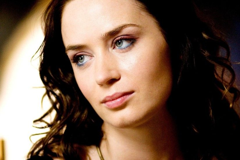 emily blunt pictures 25790