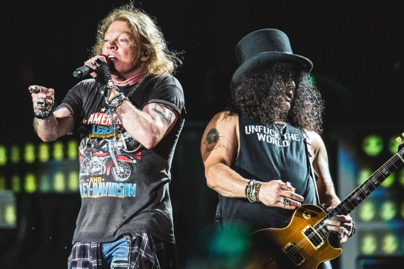 Guns N' Roses Apologise After Being Booed By Fans In Melbourne - Music Feeds