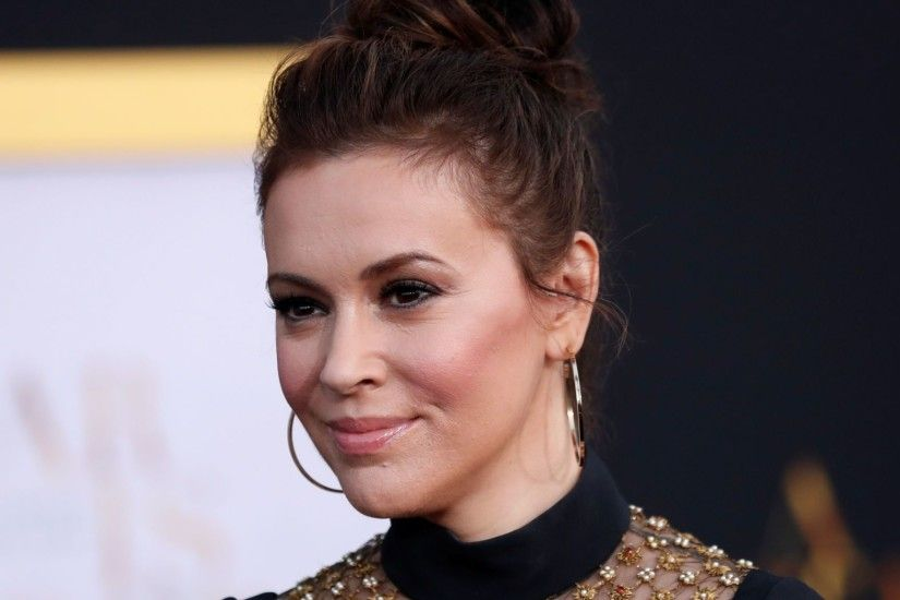 Alyssa Milano calls for women to join sex strike in protest over strict US  abortion laws