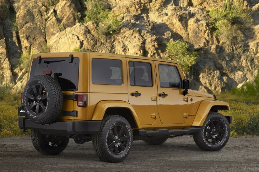 Jeep Wrangler Altitude Back picture