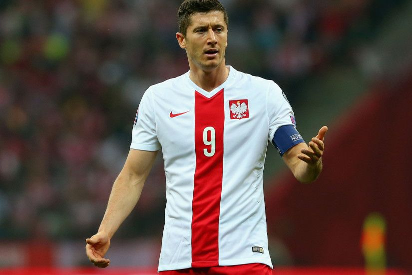 Nice Images Collection: Robert Lewandowski Desktop Wallpapers