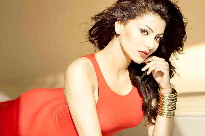 Actress Urvashi Rautela HD Pics. urvashi rautela latest photoshoot